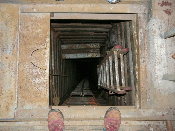 Cave shaft confined space